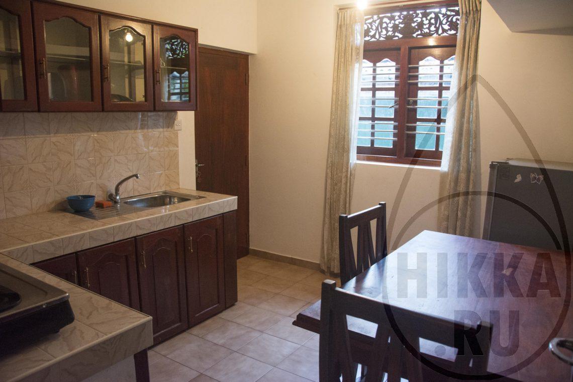 аренда виллы в Хиккадуве 5 спален кухня 1