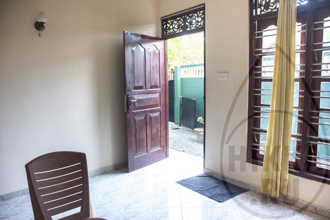 аренда виллы в Хиккадуве 5 спален гостиная 5