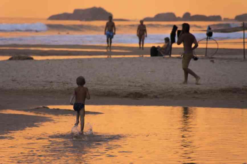 лучший закат на пляже в хиккадуве